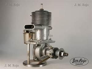 Vintage Model Airplane Engines Running  Foster 99 Ignition
