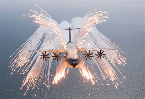training surveys airbus gears up to deliver raf s first a400m defense