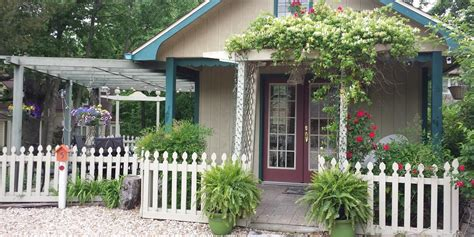 Rock Cottage Gardens Bed And Breakfast Inn Weddings
