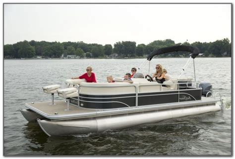 Best Deck Boats For Fishing captains chair for boat chairs home decorating ideas
