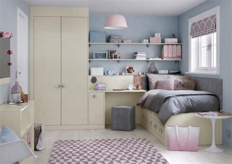 Fitted Bedroom Ideas For Small Rooms by Bedroom Ideas Bedroom Ideas For Guys