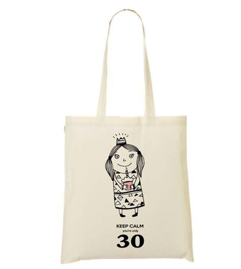1000 ideas about cadeau 30 ans on cadeau anniversaire 30 ans deco anniversaire 30