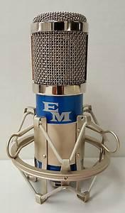 Em Music Em