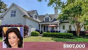 Actress Moira Kelly Sells North Carolina Home With A