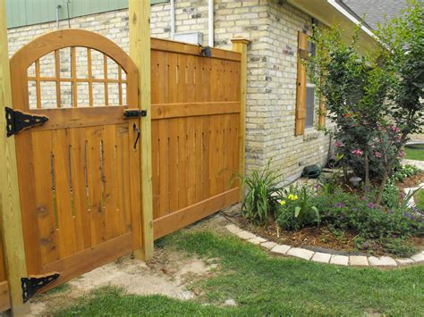 lowes garden gates small garden fence lowes shop garden fencing at lowes