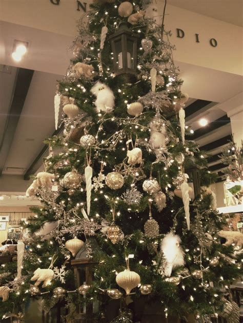 pottery barn christmas tree inspiration sincerelyonholiday pinte