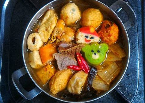 Meski kuah tomyam banyak dijual di pasaran, sebaiknya anda buat sendiri di rumah. Resep Sukiyaki Kuah Tomyam oleh Dapur Alia - Cookpad