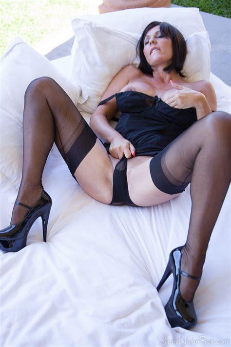 Jan Burton Hot British Milf In Stockings Pichunter