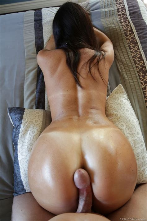 India Summer Has A Big Cock Resting On Her Nice Ass Evil Angel 16 Pictures