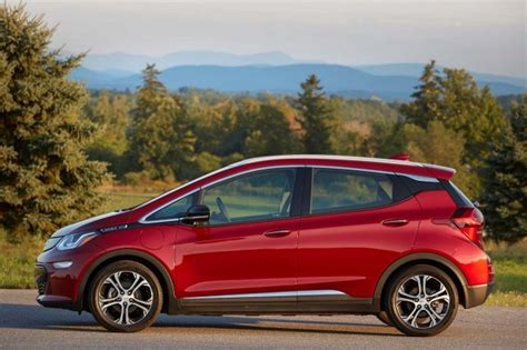 Best Electric Car Deals by Best Deals On In Hybrid And Electric Cars For May