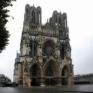 This is an example of gothic architecture, found from ...