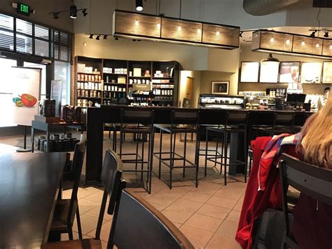 Coffee is served in 8,12 or 16 ounces cups. Starbucks - 24 Photos & 36 Reviews - Coffee & Tea - 601 Union St, Downtown, Seattle, WA - Phone ...