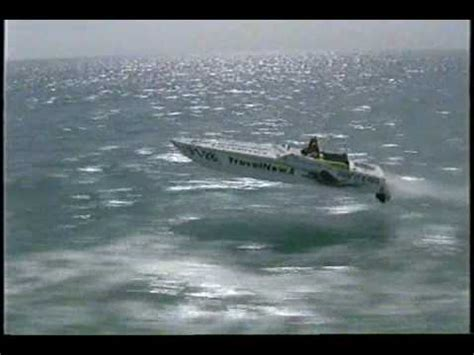 Cigarette Boat In Rough Water by Varo Offshore Doovi