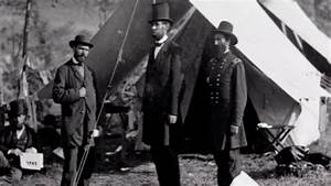 Mathew Brady photographs presidential candidate Abraham ...