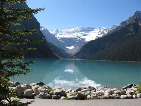 The Beautiful Lake Louise Canada Travel Tourism
