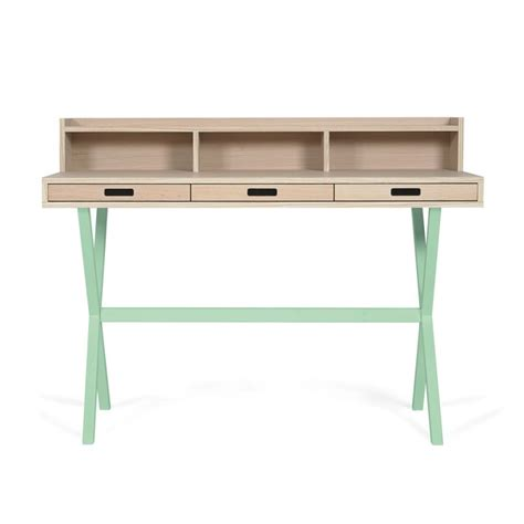 bureau secr騁aire design secrétaire hyppolite vert pastel harto design la folle adresse