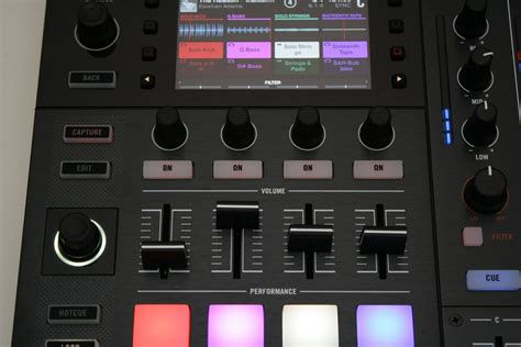 Traktor Remix Decks by Test Instruments Traktor Kontrol S8 Ein Gamechanger
