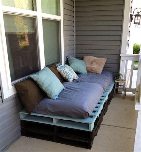 canapé palette bois meubles en palettes de bois comment faire un bon canap 233