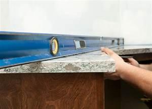 Waschtischunterschrank Hängend Montieren : waschtischunterschrank montieren so geht 39 s ~ Markanthonyermac.com Haus und Dekorationen