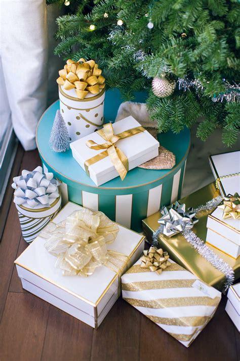 easy ways  decorate  house   holidays