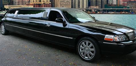 Limo Rides Near Me by Custom Limo Service Luxurious Vehicles For Hire Livery