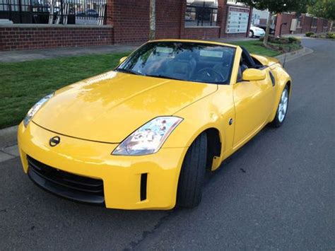 Sell Used 2005 Nissan 350z Roadster Rare Yellow