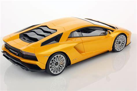 Lamborghini Aventador S 1:18   MR Collection Models