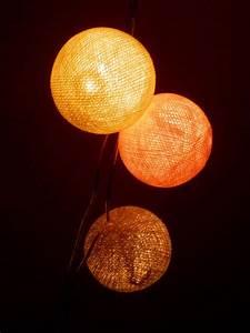 Lampe Aus Federn : lampenschirm selber machen 19 designideen ~ Michelbontemps.com Haus und Dekorationen
