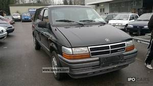Batterie Chrysler Voyager 2 5 Td : 1995 chrysler voyager 2 5 td car photo and specs ~ Gottalentnigeria.com Avis de Voitures