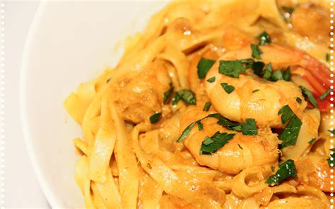 pates lait de coco recette de one pot pasta aux crevettes et lait de coco pour repas recette