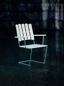 Chaise Salon De Jardin : chaises design pour salon de jardin haut de gamme ~ Teatrodelosmanantiales.com Idées de Décoration