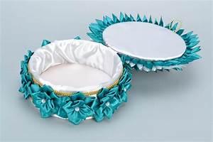 Boite A Bijoux Originale : madeheart bo te bijoux ronde en rubans de satin faite main turquoise originale ~ Teatrodelosmanantiales.com Idées de Décoration