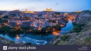 Vistas Panor U00e1micas Al Atardecer   U0026 39 Mirador Del Valle U0026quot   De La Ciudad De Toledo  Toledo  Castilla