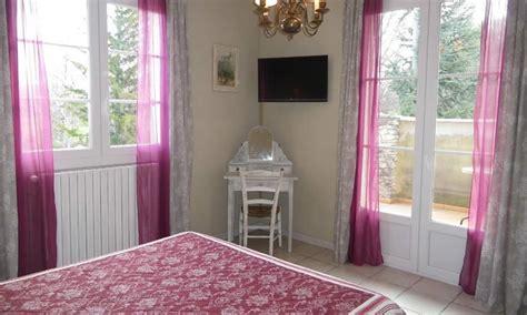 chambres d hotes avignon et alentours chambre d 39 hôtes la médiévale à velleron avignon et provence