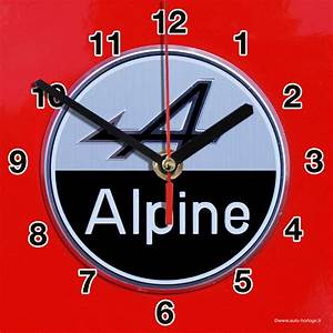 Alpine Renault En Horloge Murale Sur Carosserie Rouge