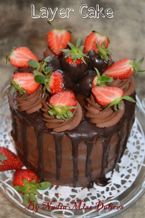 layer cake chocolat fraises gateau  etage les