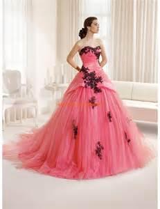 bolero mariage pas cher robe de mariée princesse tulle application dentelle