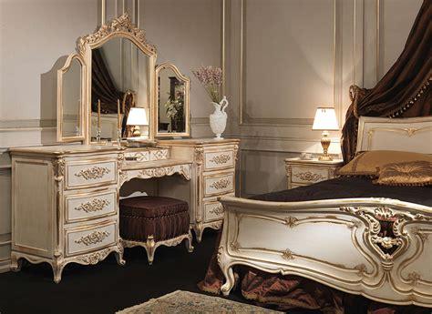 chambre  coucher classique dans le style de louis xvi