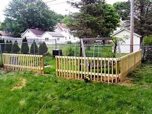 White decorative garden fence jbeedesigns outdoor for Decorative garden fence ideas