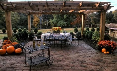 Images Of Backyard Patios by Brick Patio Ideas Landscaping Network