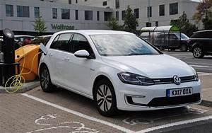 Volkswagen Golf Carat Exclusive : volkswagen e golf review is the battery golf our current favourite ~ Medecine-chirurgie-esthetiques.com Avis de Voitures