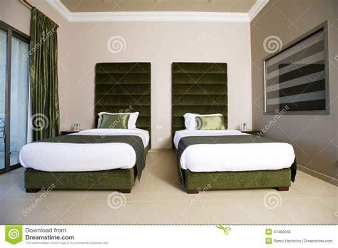 chambre luxueuse chambre à coucher luxueuse d 39 hôtel avec des balcons