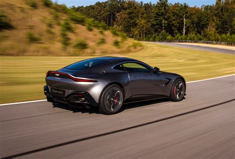 2018 aston martin vantage revealed exclusive video tour photos 1 of 50