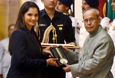 sania mirza conferred khel ratna arjuna awards