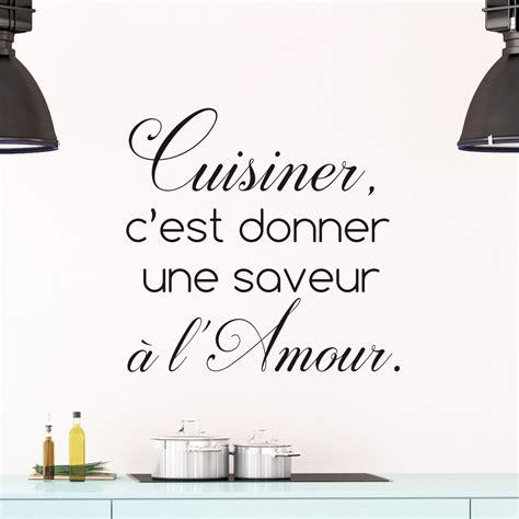 amour dans la cuisine sticker citation cuisine cuisiner c 39 est donner une saveur