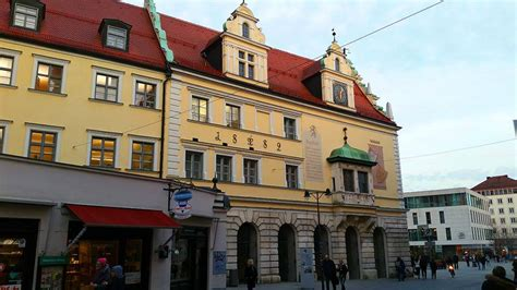 Ingolstadt) е град в провинция бавария, германия. Ausflugsziel Altes Rathaus Ingolstadt in Ingolstadt - DOATRIP.de