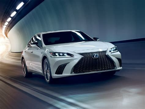 lexus es luxury sedan features lexuscom
