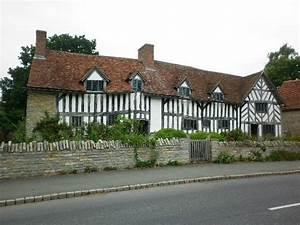 Mary Arden's Farm - Picture of Mary Arden's Farm ...