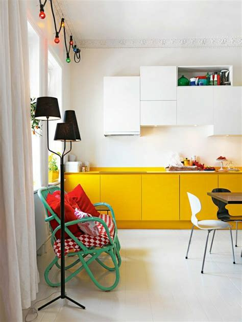 meuble cuisine jaune choisir quelle couleur pour une cuisine