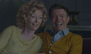 Tilda Swinton plays David Bowie's wife in the singer's new ...